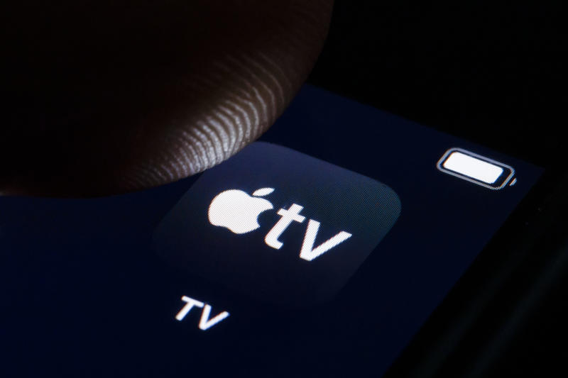 BERLIN, GERMANY - OCTOBER 07: In this photo illustration the logo of Apple TV is displayed on a smartphone on October 07, 2019 in Berlin, Germany. (Photo Illustration by Thomas Trutschel/Photothek via Getty Images)