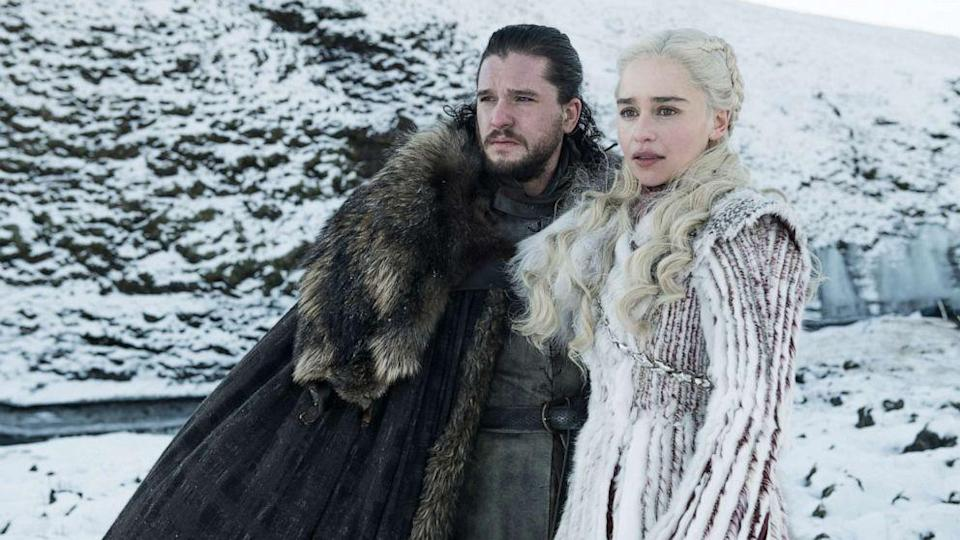 Kit Harington and Emilia Clarke in Game of Thrones (Credit: HBO)