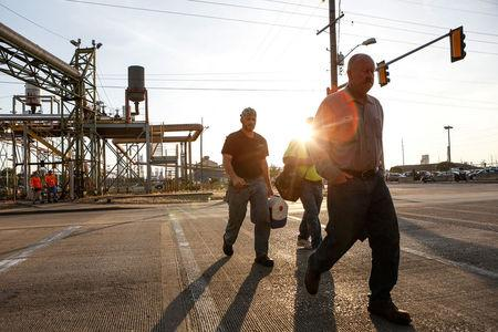Steel workers return to work after a two-year idle at U.S. Steel Granite City Works in Granite City, Illinois, U.S., May 24, 2018.  Photo taken May 24, 2018.  REUTERS/Lawrence Bryant