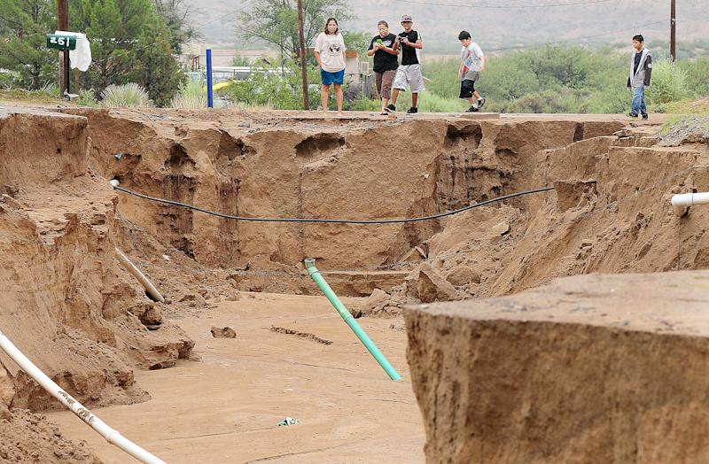 Parts of NM brace for more rain, clean up begins