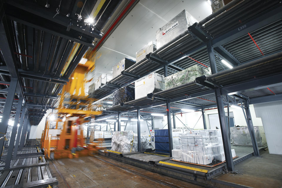 SATS' Coolport temperature-controlled warehouse has a handling capacity of up to 300,000 tonnes of perishable cargo annually.