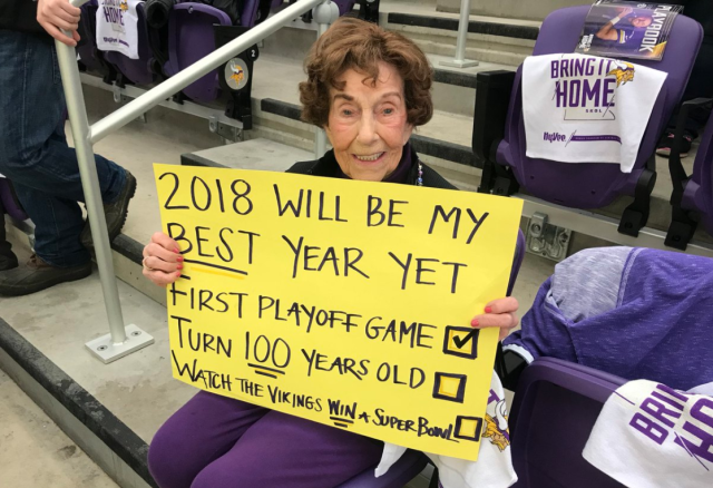 Millie Wall, 99, attends her first Vikings game. NFL commissioner Roger Goodell surprised her with tickets to the Super Bowl, which will be held in Minnesota. (Photo: @maurygloverfox9 on Twitter)