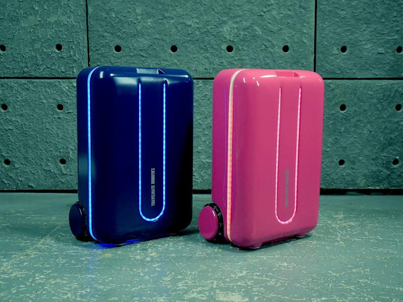 This Robot Suitcase Follows You Around and Answers Voice Commands