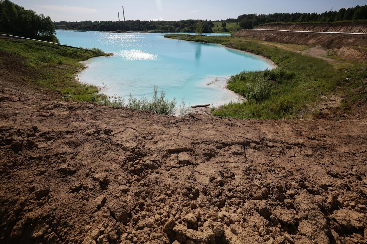 """A view of a Novosibirsk energy plant's ash dump site - nicknamed the local """"Maldives"""" - on July 11, 2019. (Photo: Rostislav Netisov/AFP/Getty Images)"""
