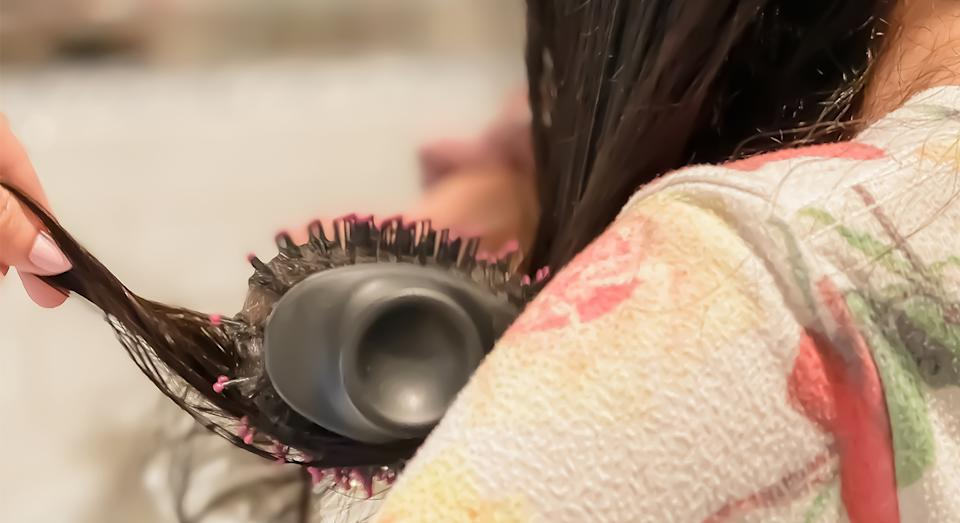 Dry and style your hair in a jiffy with Revlon's top-rated volumising hairbrush.  (Getty Images)