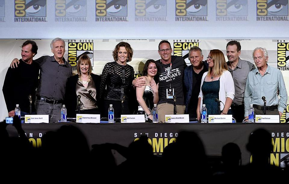 <p>Bill Paxton, director James Cameron, producer Gale Anne Hurd, actress Sigourney Weaver, fans, actors Paul Reiser, Carrie Henn, Michael Biehn, and Lance Henriksen at the <i>Aliens</i>: 30th Anniversary panel on July 23. <i>(Photo: Kevin Winter/Getty Images)</i></p>