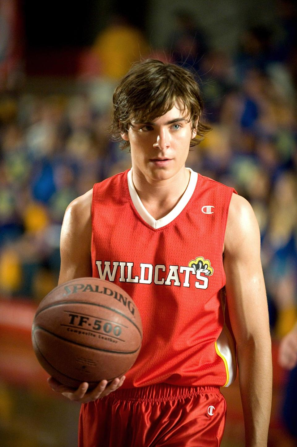 <ul> <li><strong>What to wear:</strong> Show off your school spirit by donning a red basketball uniform. </li> <li><strong>How to act:</strong> Try to keep your head in the game, but also be sure to hit the right notes. </li> </ul>