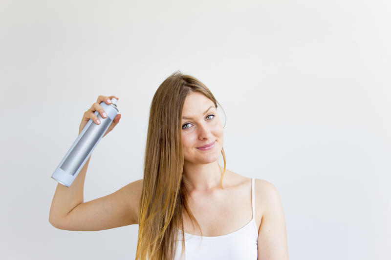 How to deal with greasy hair when you're about to run out the door
