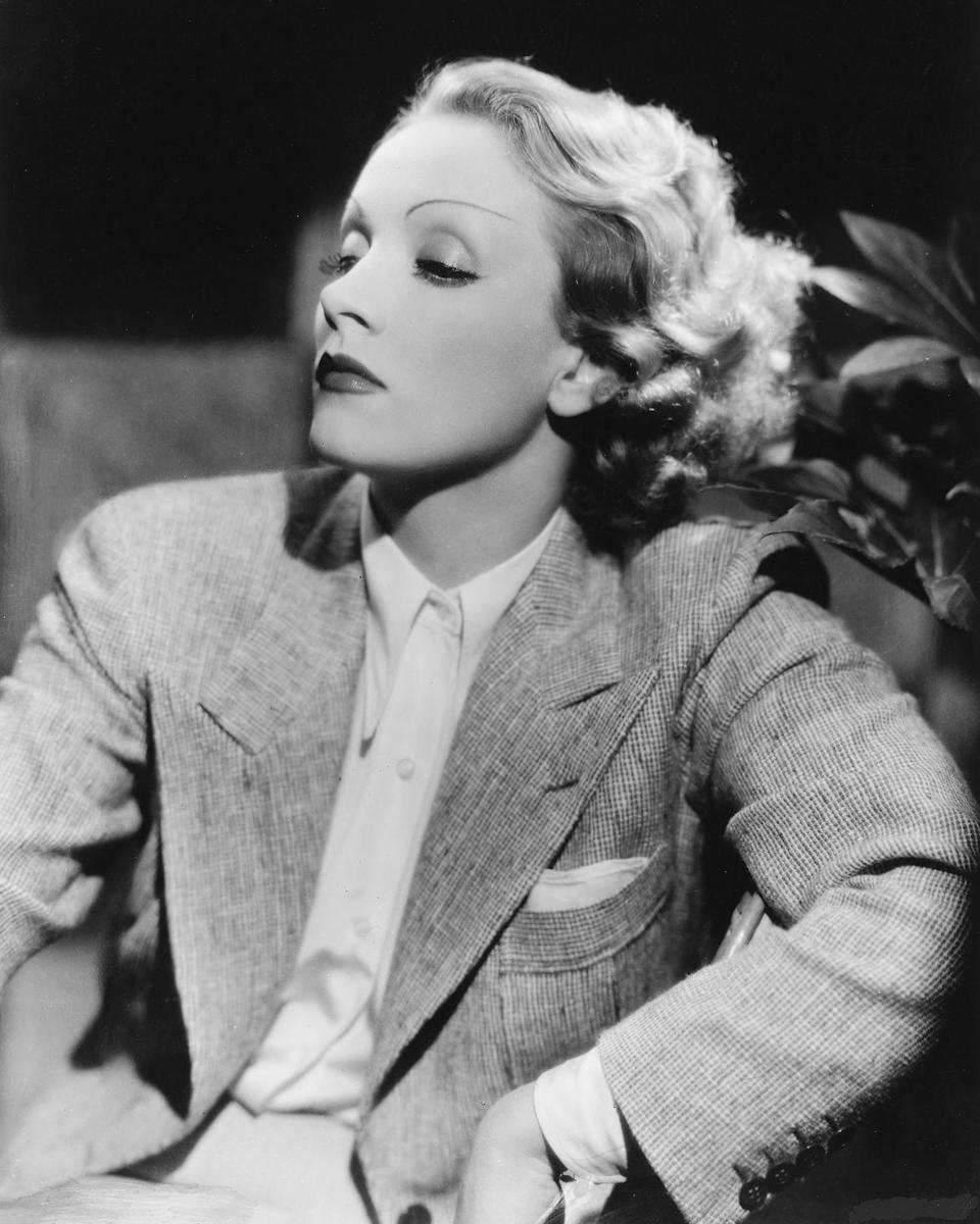 <p>Dietrich forged the way for mixing men's and women's wear during this time and equally capture the fascination and admiration of all genders with her sexy confidence. <br></p>