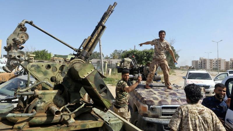 Fierce clashes erupt outside Libyan capital Tripoli