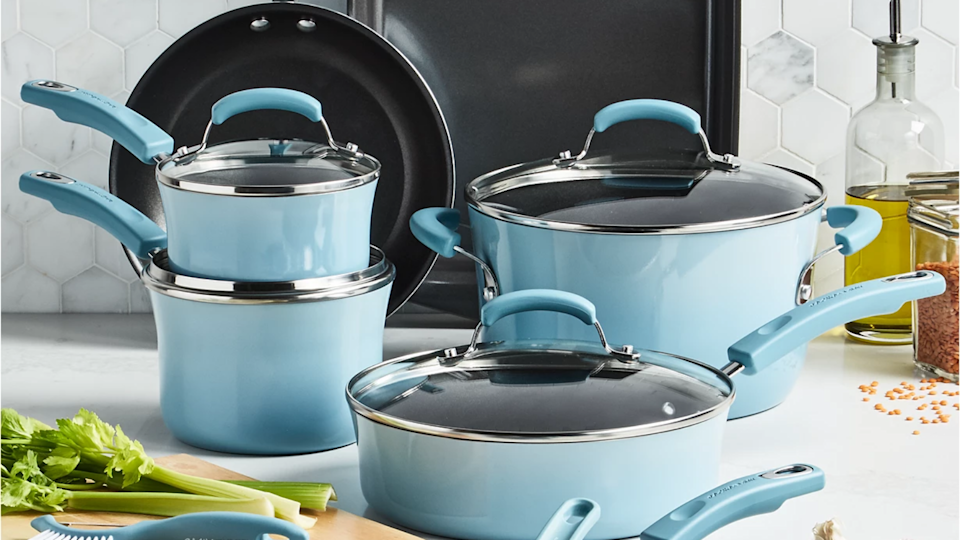 This cookware set is professional-chef approved.