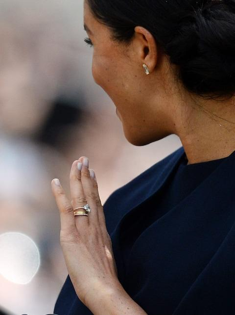 Duchess Sussex engagement ring