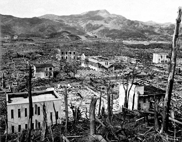 <p>Nagasaki in ruins after the atomic bombing of Aug. 9, 1945. (Photo: Roger Viollet/Getty Images) </p>