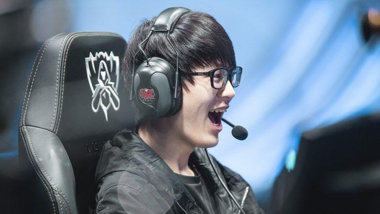 Meiko is the support player for EDward Gaming (lolesports)