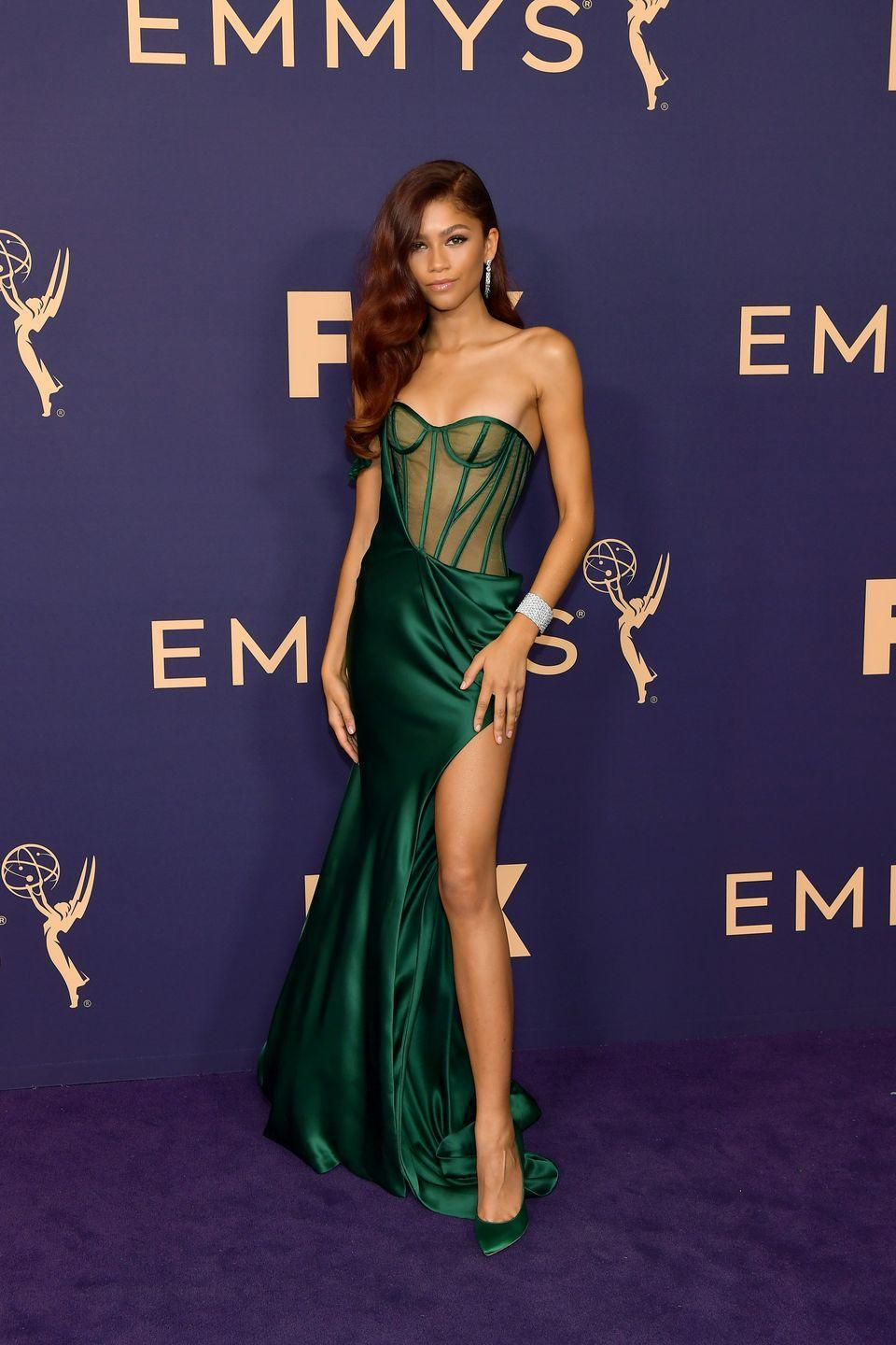 <p>She showed up at the 2019 Emmys looking like the Queen of Emerald City. This jewel-toned Vera Wang dress gave us us jaw-dropping old Hollywood glamour.</p>
