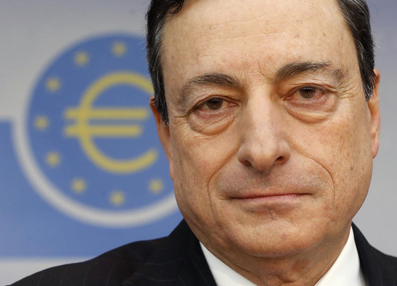 Eurozone rates unchanged despite deflation fear