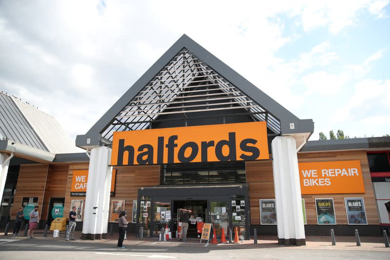 UK retailer Halfords buoyed by pandemic cycling boom