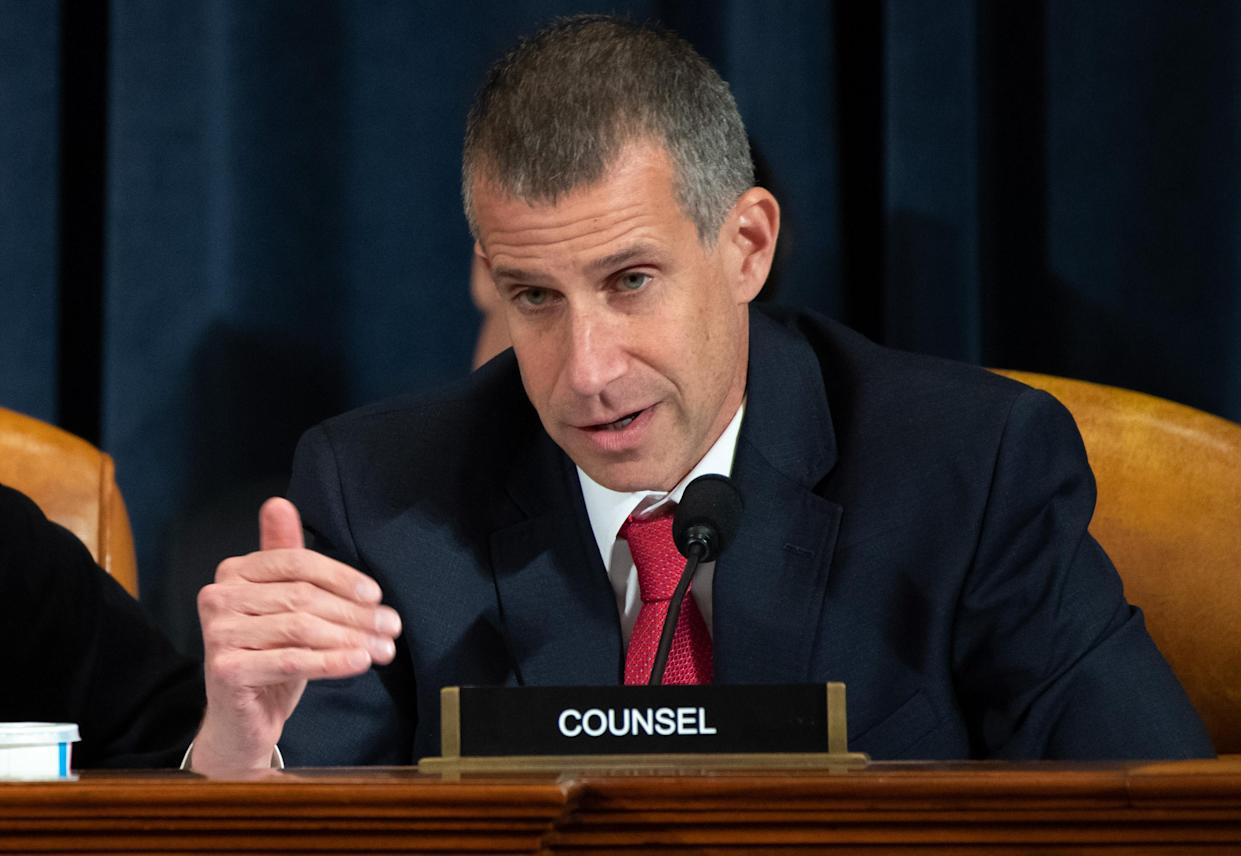 Steve Castor, general counsel for the Oversight and Government Reform Committee, during Wednesday's hearing. (Photo: Saul Loeb/AFP/Bloomberg via Getty Images)