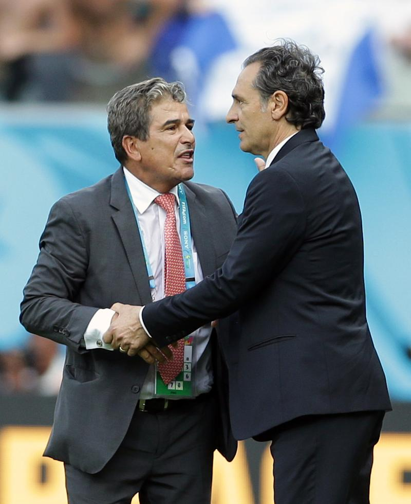 World Cup coaches have drastically varying styles