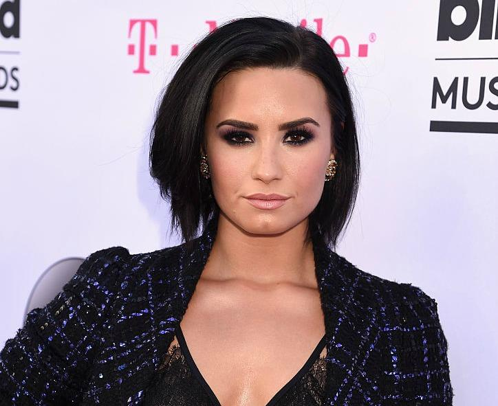Demi Lovatos New Subtle Ombr Is Our Now Favorite Late Summer Look