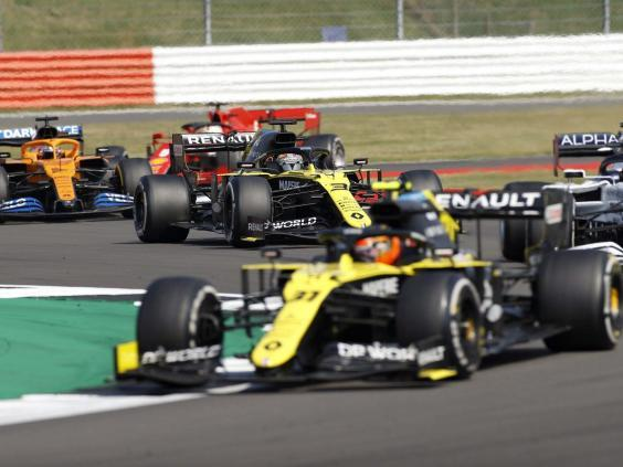Daniel Ricciardo spun out of the midfield battle and plummeted out of the points (EPA)