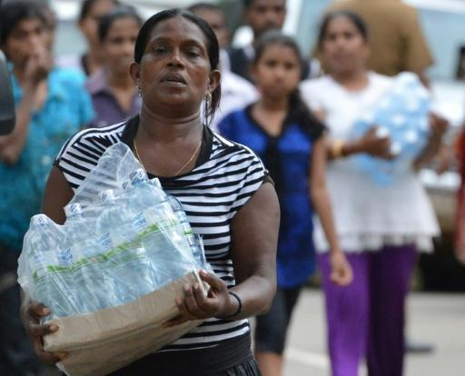 Sri Lanka appeals for help as floods foul water supply