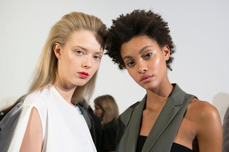 <p>The two looks at Ports 1961: crimped hair, blotted red lips, and skin that glistens so bright it could blind you.</p>