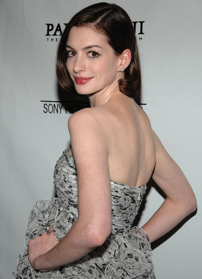 """<a href=""""http://movies.yahoo.com/movie/contributor/1804705919"""">Anne Hathaway</a> at the Los Angeles premiere of <a href=""""http://movies.yahoo.com/movie/1809961213/info"""">Rachel Getting Married</a> - 09/15/2008"""
