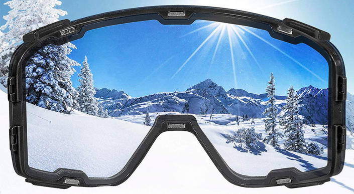 Wildhorn Outfitters Pipeline ski and snow goggles are on sale today at Amazon. (Photo: Amazon)