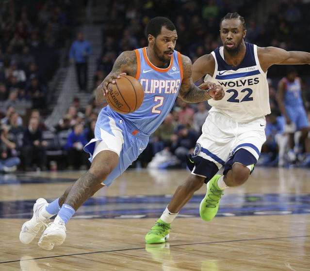 "<a class=""link rapid-noclick-resp"" href=""/nba/players/5428/"" data-ylk=""slk:Sean Kilpatrick"">Sean Kilpatrick</a> dribbles up the floor during a game on March 20. (AP)"