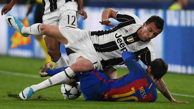 Robert Fernandez expects Juventus to set up with a very defensive strategy against Barcelona next week - but would not blame them for that.