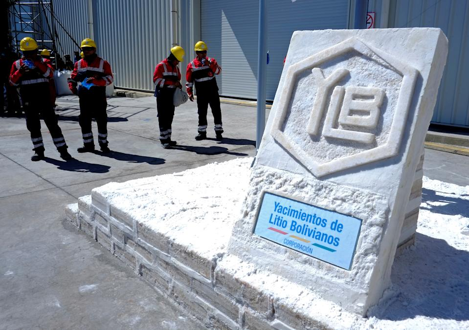 A sign made with salt blocks with the logo of state-owned Yacimientos de Litio Bolivianos (YLB), also known as Bolivian Lithium Deposits, is seen at the plant of Llipi in Uyuni, Bolivia, October 7, 2018. Picture taken October 7, 2018. REUTERS/David Mercado