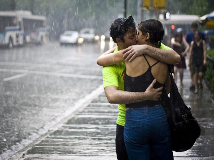 love couple kissing sex rain nyc