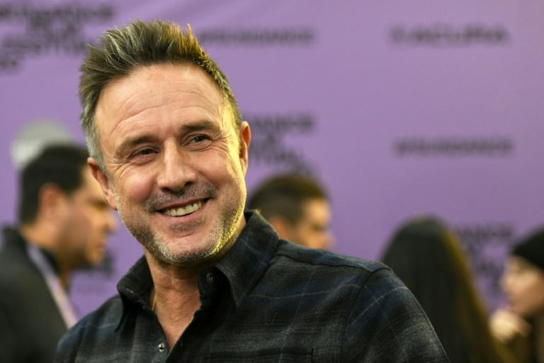 US actor David Arquette's documentary about his controversial forays into pro wrestling shifted from a SXSW premiere to his home near Hollywood within 24 hours