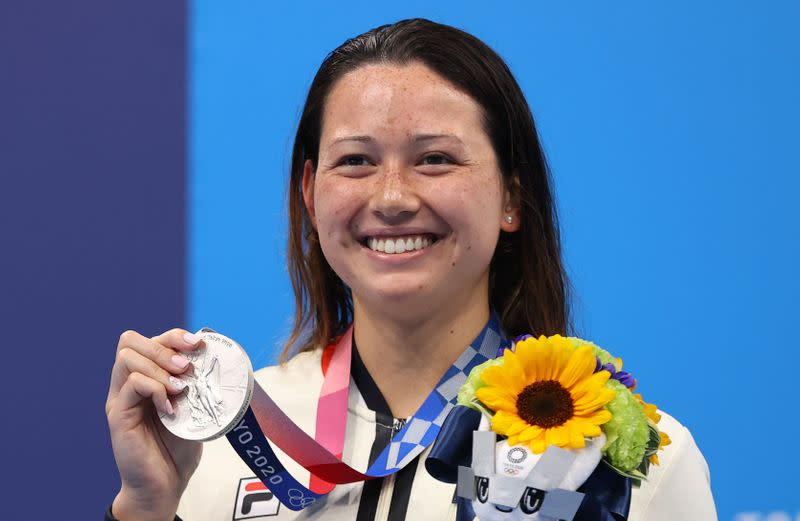 Swimming - Women's 100m Freestyle - Medal Ceremony