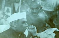 Mohandas Karamchand Gandhi with Jawaharlal Nehru 1945. Gandhi (2 October 1869 Ð 30 January 1948). was the preeminent leader of the Indian independence movement in British-ruled India. Jawaharlal Nehru (1889 Ð 1964) was the first Prime Minister of India. (Photo by: Universal History Archive/Universal Images Group via Getty Images)