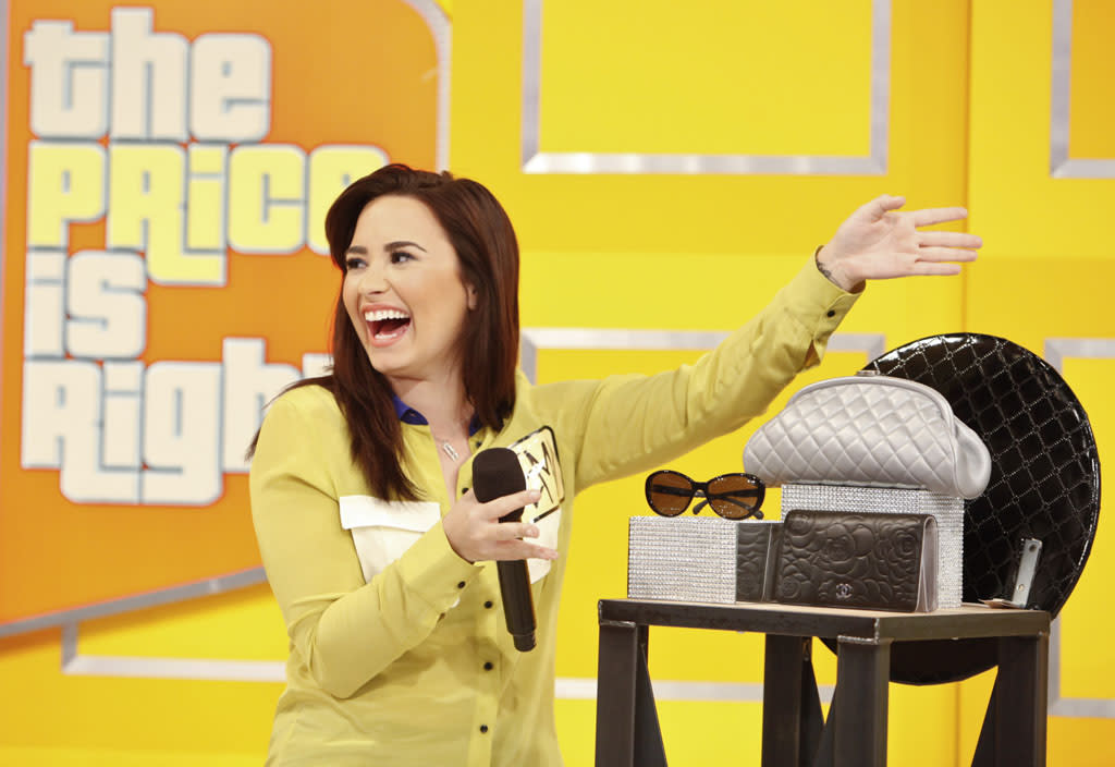 Demi really channeled her inner Price Is Right model when she presented her showcase.  A lot of big hand gestures and some overly sincere facial expressions.  Loved it.  She also admitted to her love of allergy medication while trying to win a pricing game.