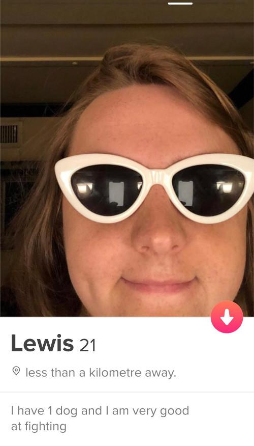 The singer-songwriter has an official Tinder account that he often promotes on his Twitter.