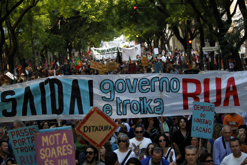 Thousands march against austerity in Portugal