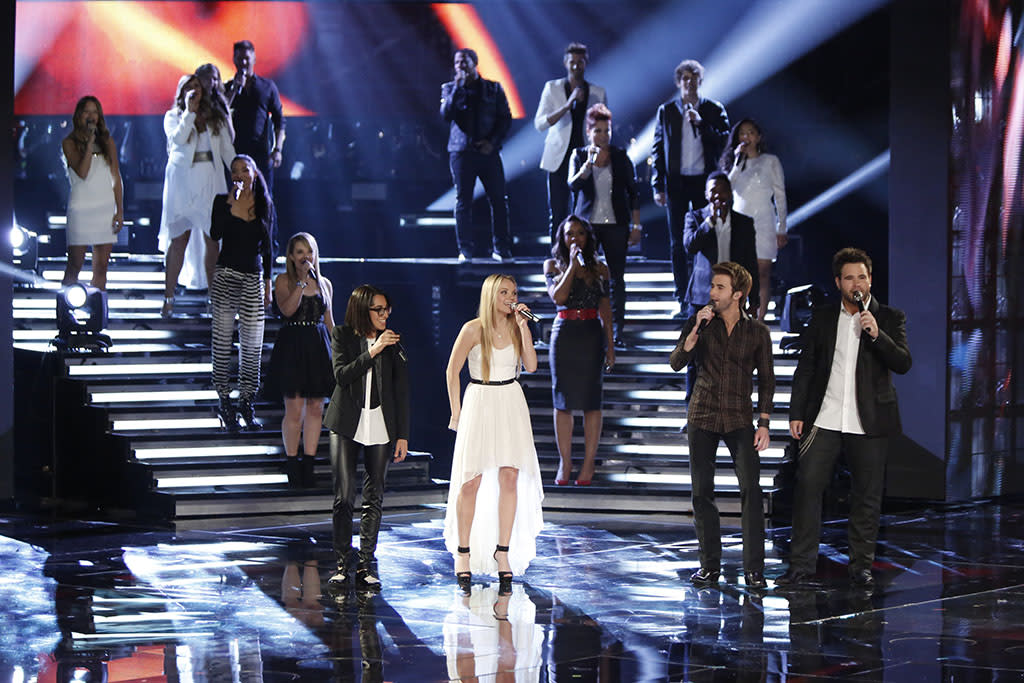 "The top 16 perform ""Home"" on ""The Final Live Performances"" episode of ""The Voice"" Season 4."