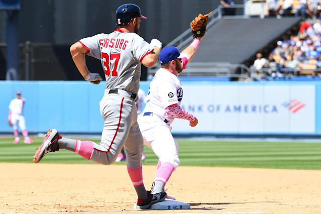 Stephen Strasburg was thrown out at first base by right fielder Cody Bellinger. (Getty Images)