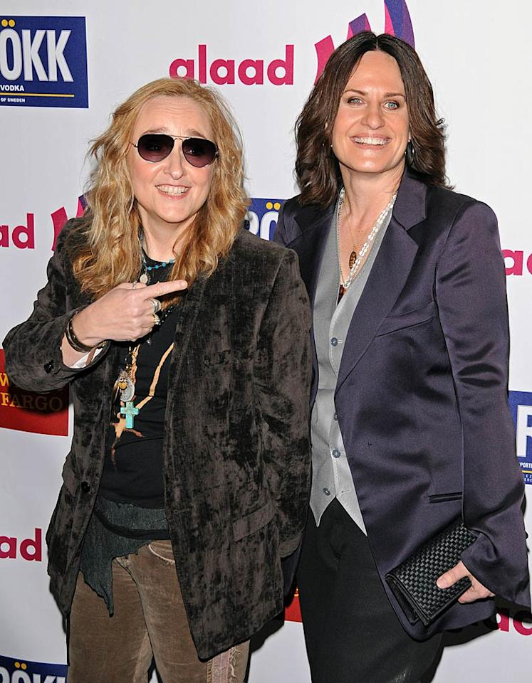 "Melissa Etheridge goofed around with her girlfriend, ""Nurse Jackie"" creator Linda Wallem, on the red carpet. Jean Baptiste Lacroix/<a href=""http://www.wireimage.com"" target=""new"">WireImage.com</a> - April 10, 2011"