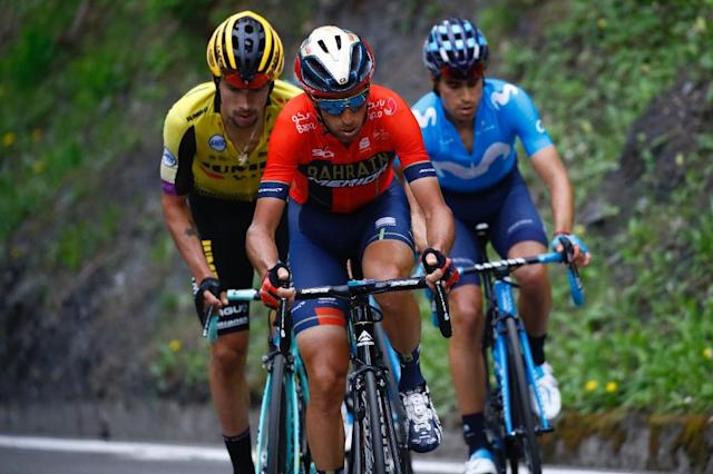 Team Bahrain rider Italy's Vincenzo Nibali (C) had another strong day on Saturday (AFP Photo/Luk BENIES)