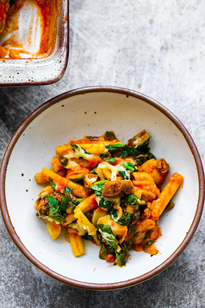 """<a href=""""https://healthyhappylife.com/cheesy-pasta-bake/"""" target=""""_blank"""" rel=""""noopener noreferrer""""><strong>Get the Cheesy Pasta Bake recipe from Healthy Happy Life.</strong></a>"""