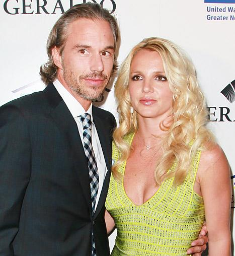 Jason Trawick Mocks Fiancee Britney Spears!