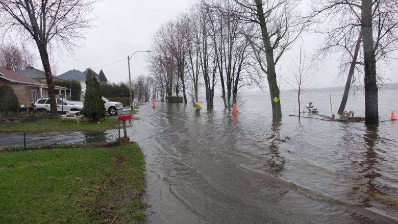 Gatineau officials 'optimistic' worst of spring flooding is over
