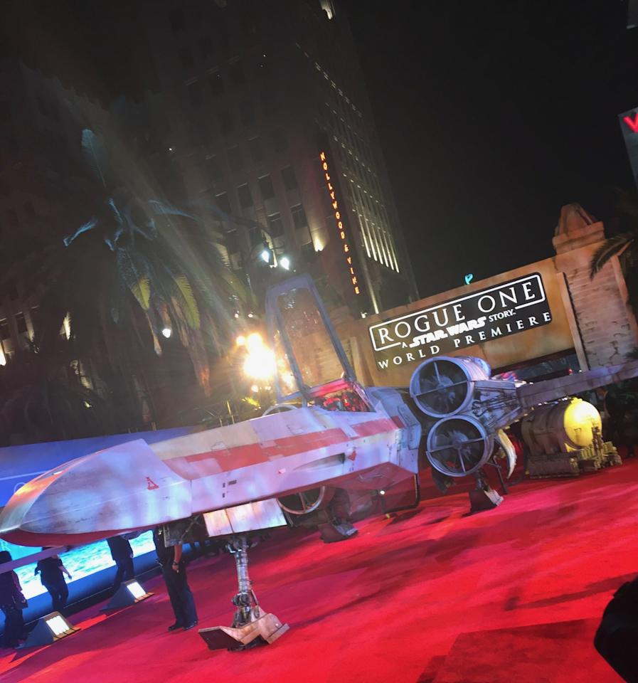 <p>A full-sized starfighter greeted guests on the red carpet at the historic intersection of Hollywood and Vine. (Photo: Marcus Errico/Yahoo Movies) </p>