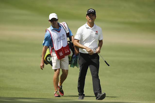 Kevin Na forgave a fan for interrupting his play on Saturday once he realized there were extenuating circumstances.
