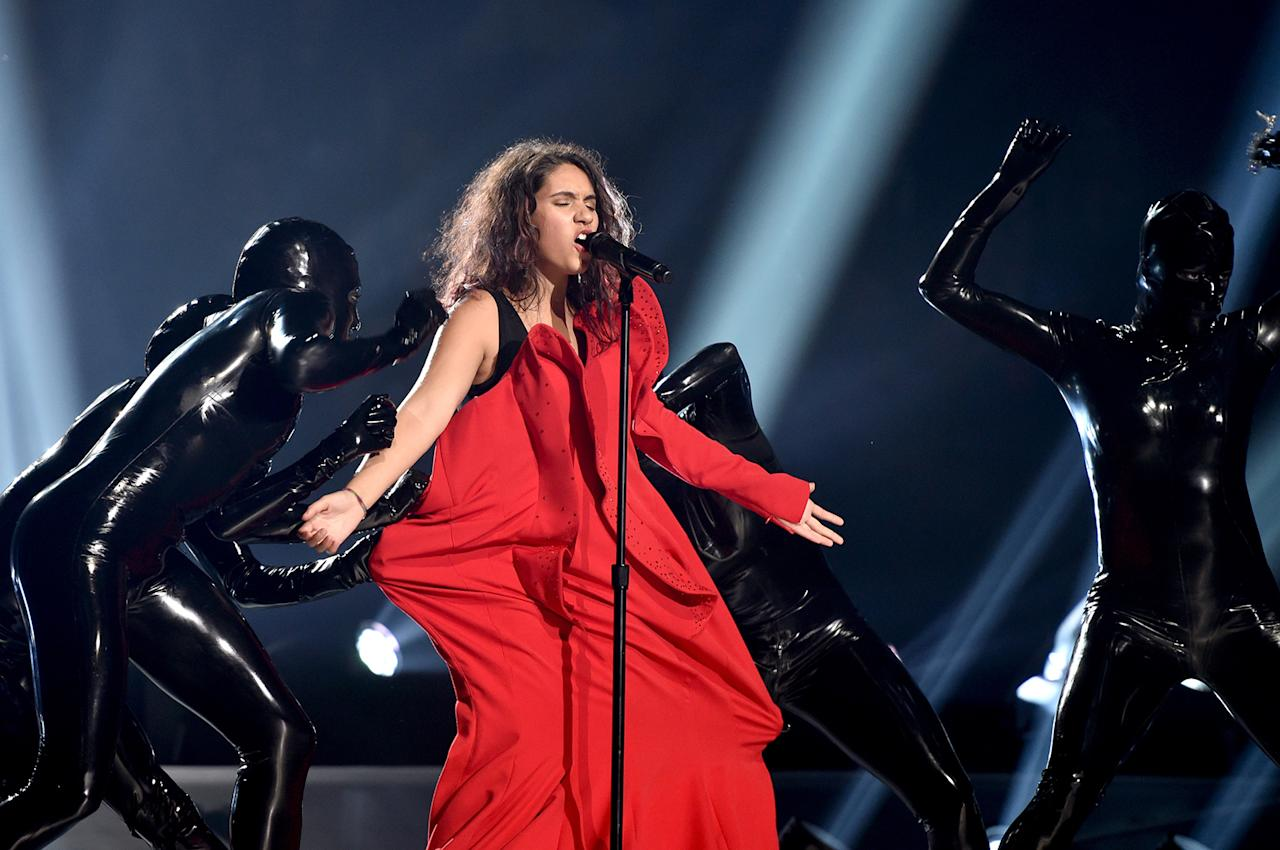 <p>Alessia Cara performs during the VMAs. (Photo: John Shearer/Getty Images for MTV) </p>
