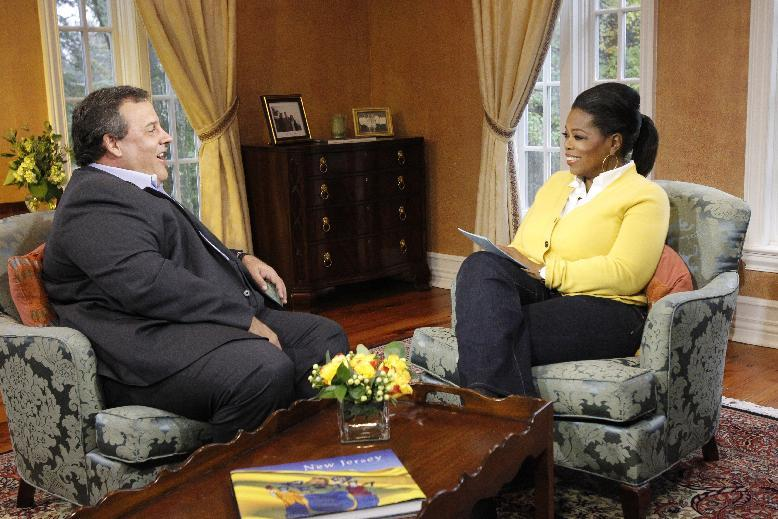 "In this Oct. 27, 2011 photo released by Harpo Inc., Oprah Winfrey, right, listens to New Jersey Gov. Chris Christie during an interview for ""Oprah's Next Chapter"", airing Sunday, Jan. 15, 2012 on OWN.  (AP Photo/Harpo, Inc. George Burns)"